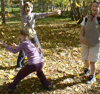 autumn-leaves-kids